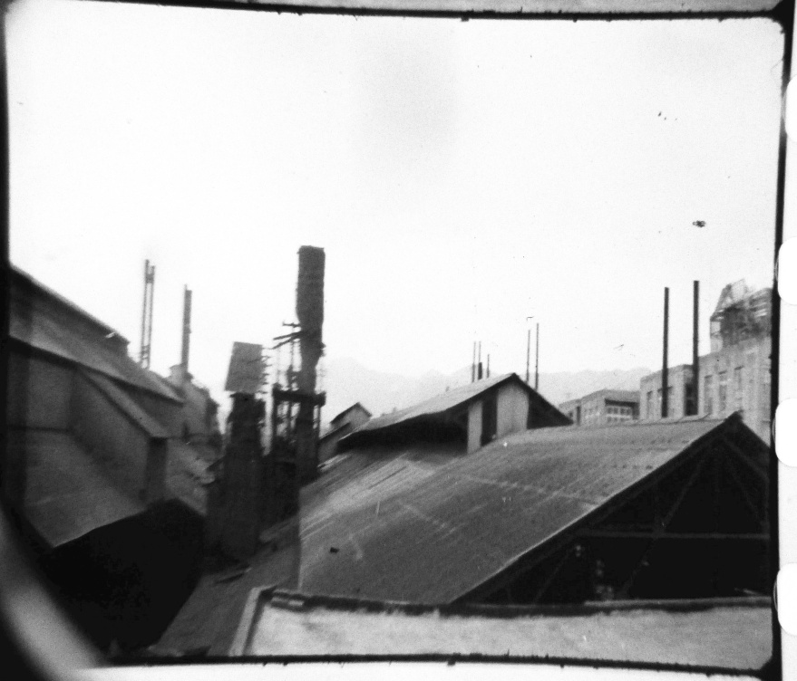 JM films 2000 roofs loupe.jpg
